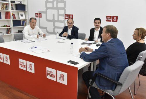 EL PSOE ARAGÓN CONSIDERA AL PAR COMO SOCIO PREFERENTE PARA NEGOCIAR UN GOBIERNO BASADO EN LA CENTRALIDAD, LA MODERACIÓN Y LA DEFENSA DE LA ESTATUTO DE AUTONOMÍA E INVITA A INCORPORARSE A TODAS LAS DEMÁS FUERZAS QUE COMPARTAN ESTOS PRINCIPIOS